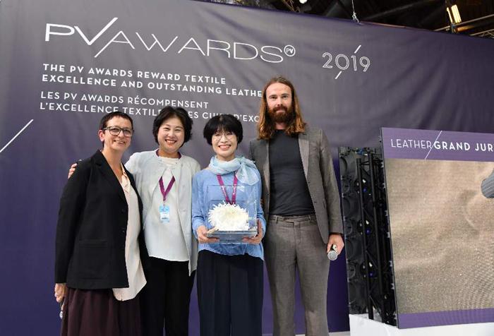 아코플레닝이 세계 최대 소재 전시회 '프리미에르 비죵 2019 어워드' 대상 수상