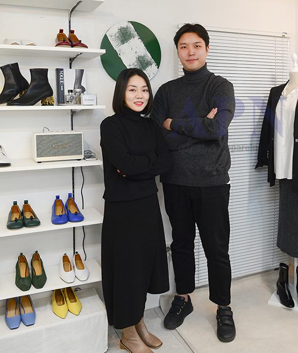 왼쪽부터 이서정 씨와 김한준 대표