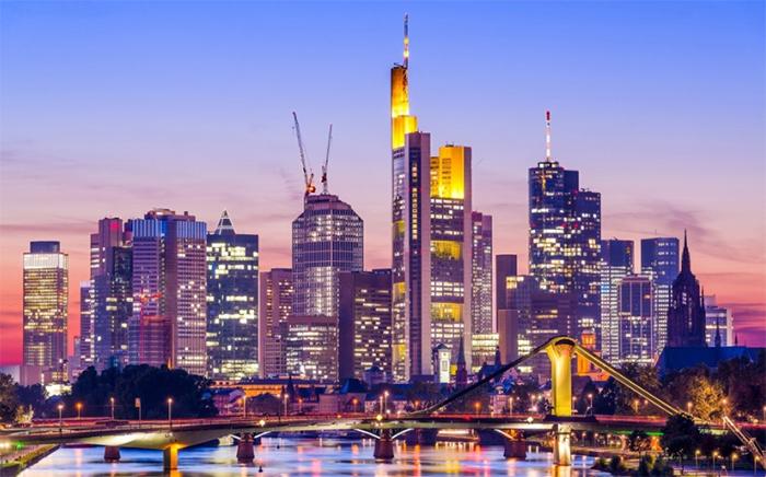 독일 프랑크푸르트 스카이라인(Frankfurt Germany Skyline) 출처 : 게티이미지코리아